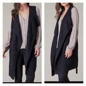 Beautiful Black Swan Sweater Vest Duster. XS/S