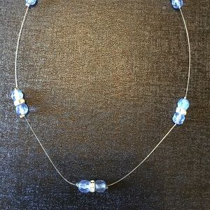 Jewelry - Periwinkle beaded wire necklace