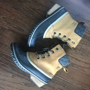 Sorel Slimpack II Waterproof Boots Size 7