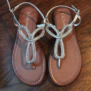 NWT Chinese Laundry Nikita silver flat sandals