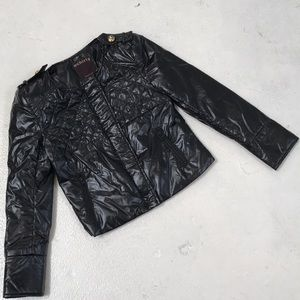 Cool black jacket with zippers