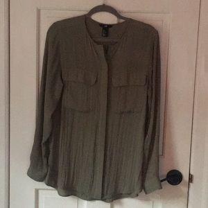 Green, soft Long sleeve blouse