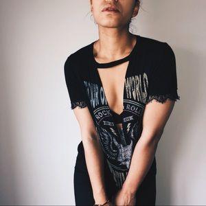 Black Fashion Nova Short Sleeve V-Neck Shirt
