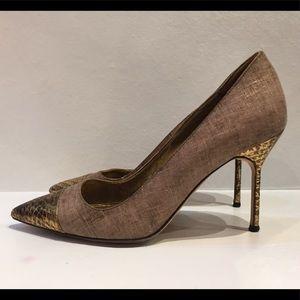 Authentic Manolo Blahnik gold snake toe pumps 36
