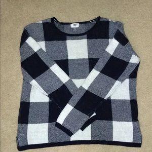 Navy/white sweater