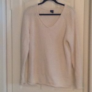 White v neck sweater Gap XL
