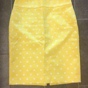 Banana republic yellow with white dot pencil skirt