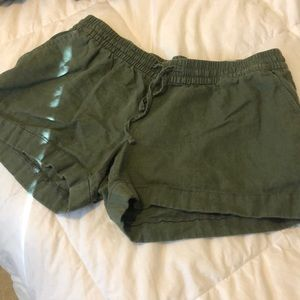 Old Navy Olive Linen Shorts