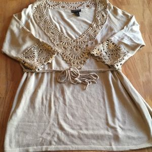 Lane Bryant beige and gold trim size 18/20 top