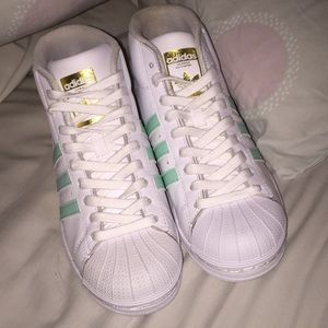 Adidas Superstar Pro Model Mint Green Size 4 boys