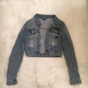 TOPSHOP Washed Denim Jacket in cropped length US2