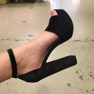 Chinese laundry black chunky heels