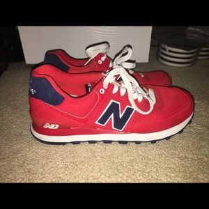 red 574 new balance sneakers