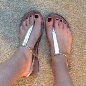 Steve Madden gold flat sandals. Size 9