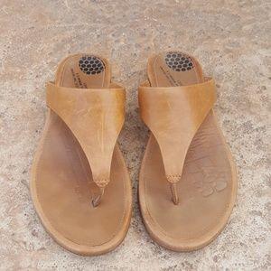 FitFlop camel Tan Leather Sandals Flip Flops 7 37