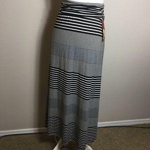 Merona Maxi Skirt. NWT