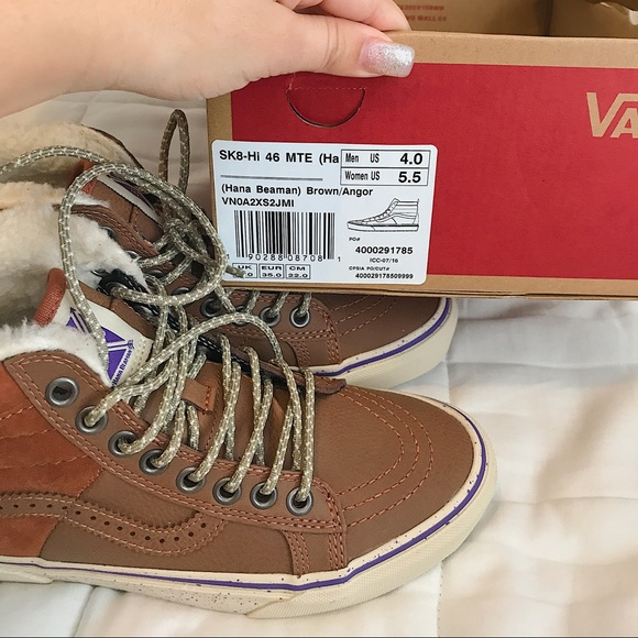 huge selection of great quality pretty and colorful Fur Lined High Top Vans NWT
