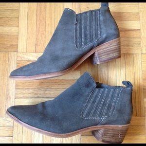 Dolce Vida Boots