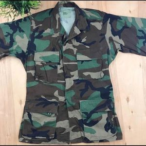 Vintage camo army fatigue jacket