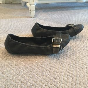 Dior ballet flats in black with buckle detail