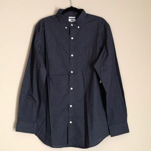BRAND NEW-Old Navy Slim-fit Poplin shirt for men