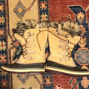 Sorel Joan of Arctic Boots Excellent