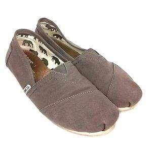 TOMS Sz 7 Gray Canvas Classic Flat Women's shoes