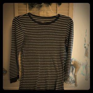 J. Crew Cute basic T-shirt. 3/4 sleeve
