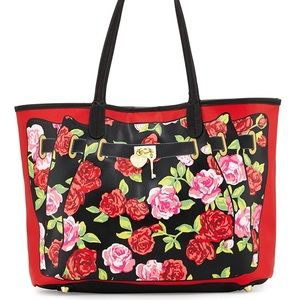 NWT Betsey Johnson red roses-Print Tote Bag