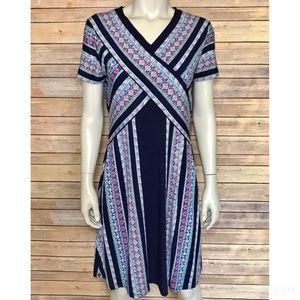 {bcbgmaxazria} v-neck multicolored patterned dress
