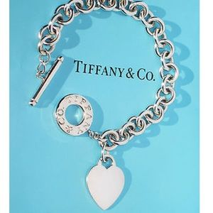 RETURN TO TIFFANY®HEART TAG TOGGLE BRACELET