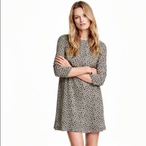 H&M Patterned Swing Dress
