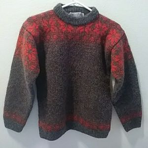 HUSFLINDEN oslo Hand knitted pure new wool. SMALL
