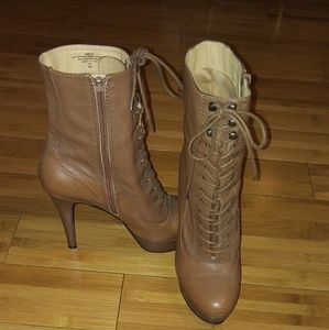 ADORABLE GENUINE LAMBSKIN LEATHER ANKLE BOOTS