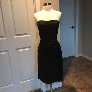 Nicole Miller Blk Satin Strapless Dress 6