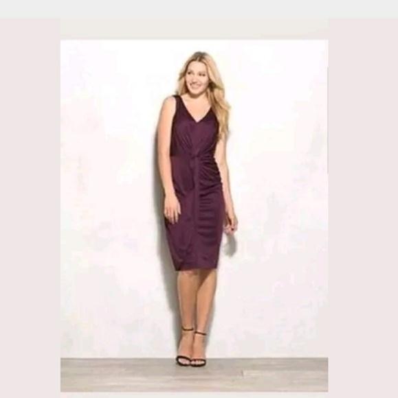 90b35099a2d Adrianna Papell Dresses   Skirts - Adrianna Papell Slinky Flattering Dress  Size 16