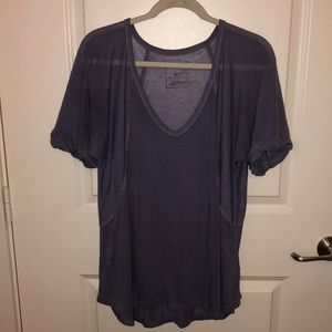Free People V neck Tee in purple