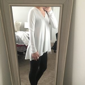 Karen Kane White Hooded Tunic