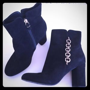 Via Spiga suede ankle boots