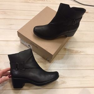 Women's Clark's Boots. NEW IN BOX. Size 6.5