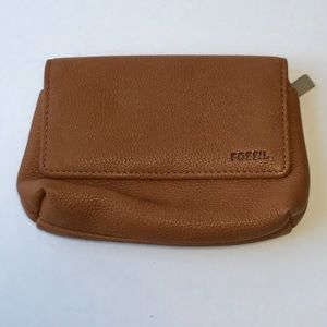 {fossil} camel colored change purse