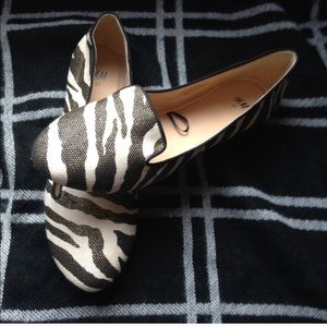 NWOT Zebra stripes metallic flats H&M