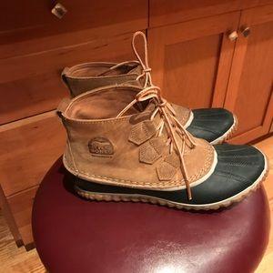 NWOT women's sorel boots