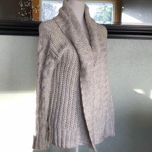 A&F chunky knit fly away cardigan