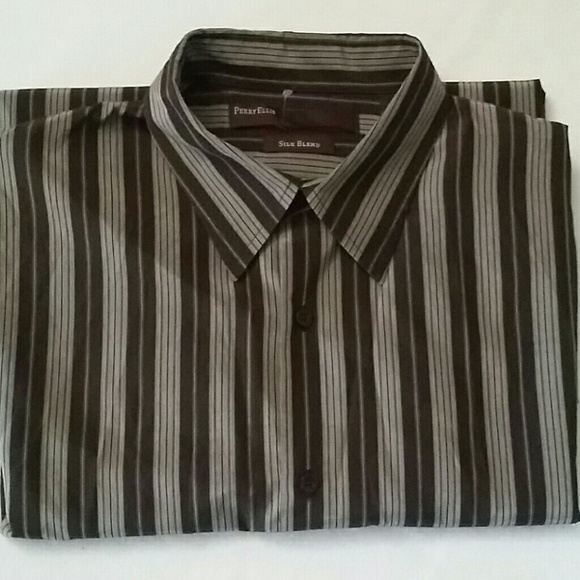 Perry Ellis Shirt Pullover Mens Size XL Travel Lux Ensign Blue Principles B1 See more like this. Perry Ellis Men's % Silk S/S Button Down Black & White Abstract Shirt - Large. Pre-Owned. $ or Best Offer +$ shipping. Free Returns. Perry Ellis Brown Casual Long Sleeve Button Down Shirt.