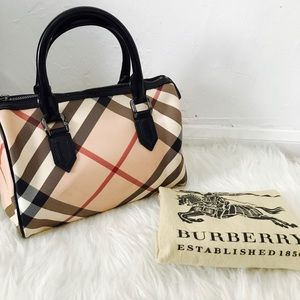 💯Authentic Burberry small Dr Satchel