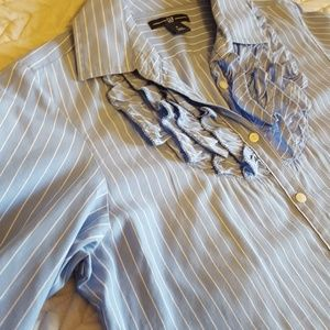 Gap blue and white stripe women's button up shirt
