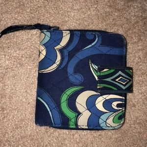 Vera Bradley Accessories - Vera Bradley small purse with matching wallet