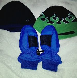 Boys winter hats and mittens bundle