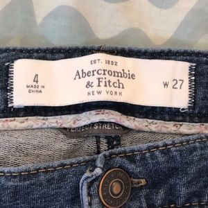 Abercrombie & Fitch perfect jeans size 4
